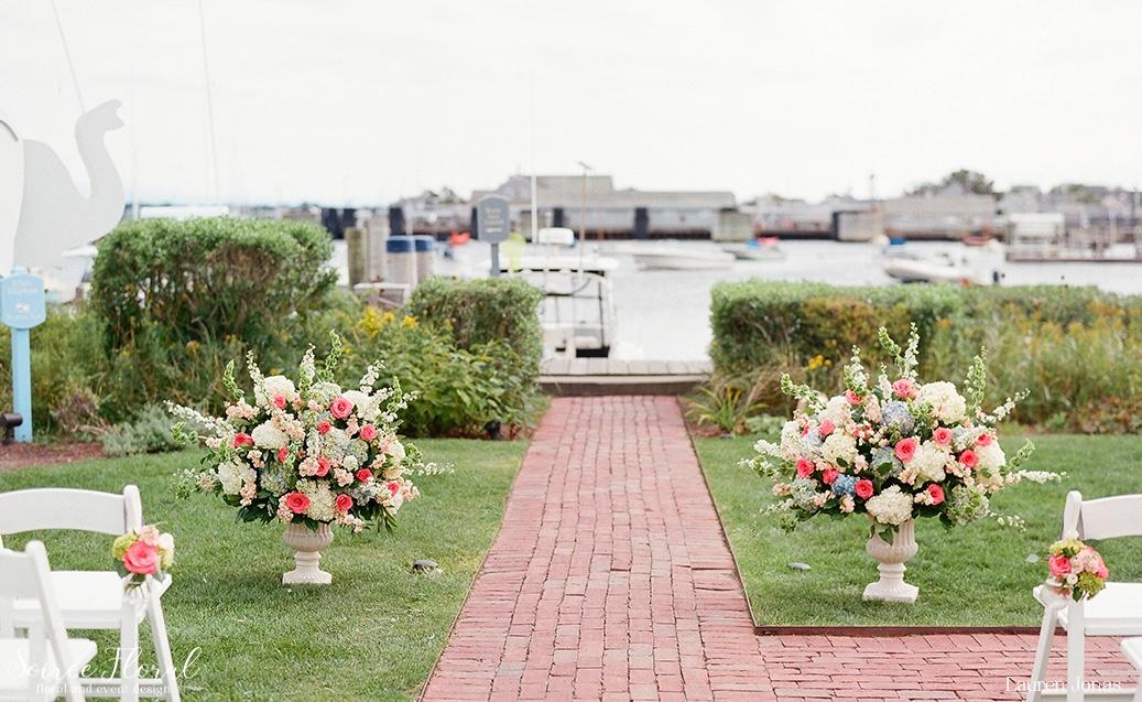 Intimate Nantucket Weddings Soiree Floral 1