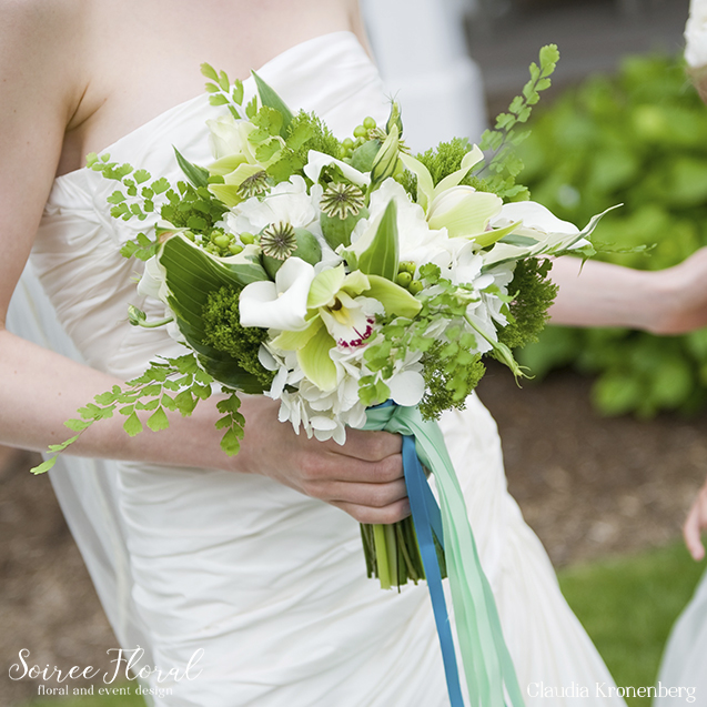 soiree-floral-nantucket-bouquet-36