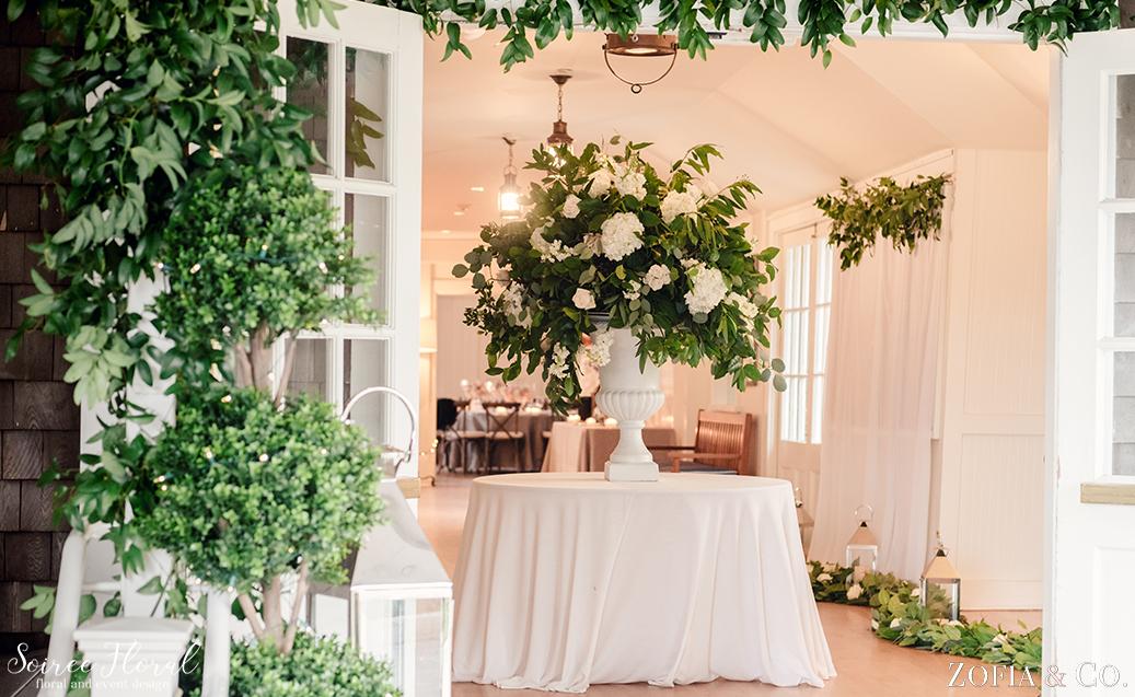 Nantucket Yacht Club – Wedding Entry