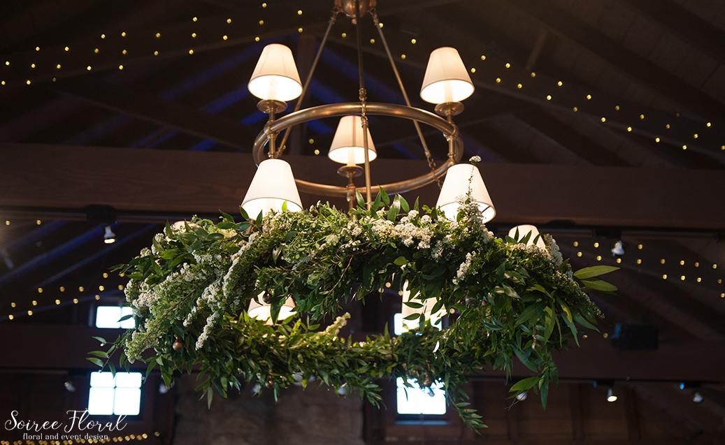 Sankty Golf Club Wedding – Soiree Floral – Chandelier