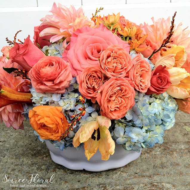 Nantucket Florist – Peach and Coral Floral Arrangement