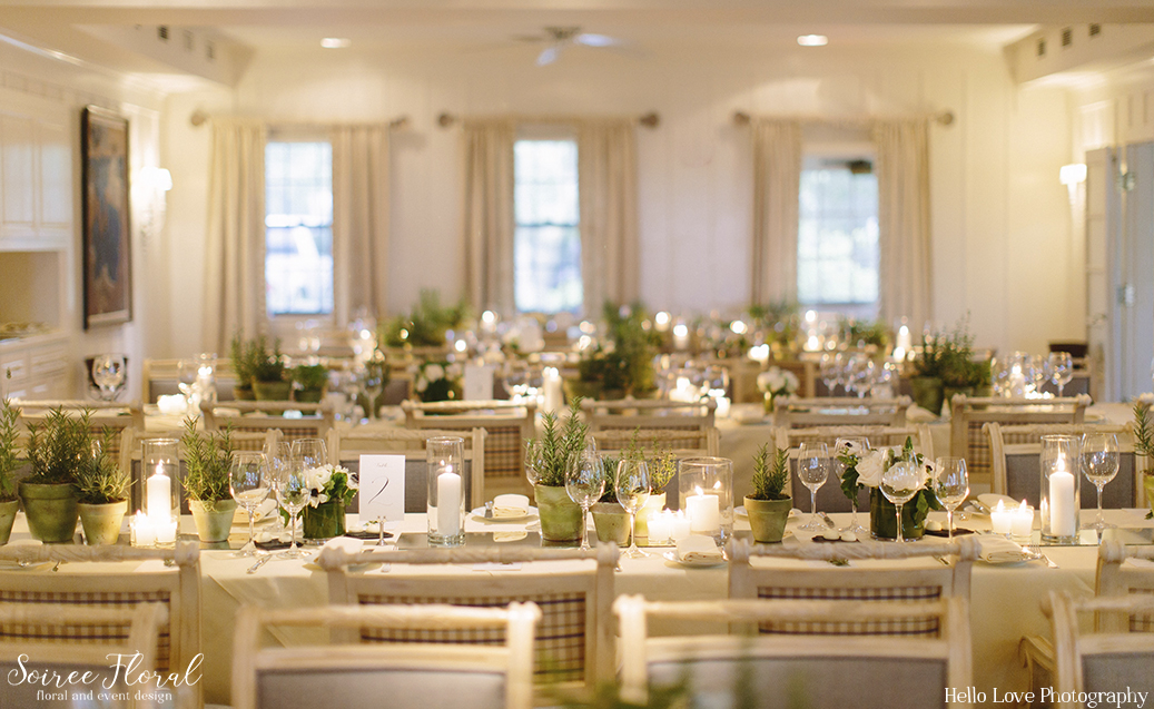nantucket-wedding-toppers-restaurant-soiree-floral
