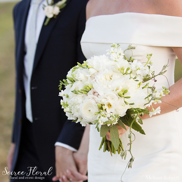 soiree-floral-nantucket-bouquet-19