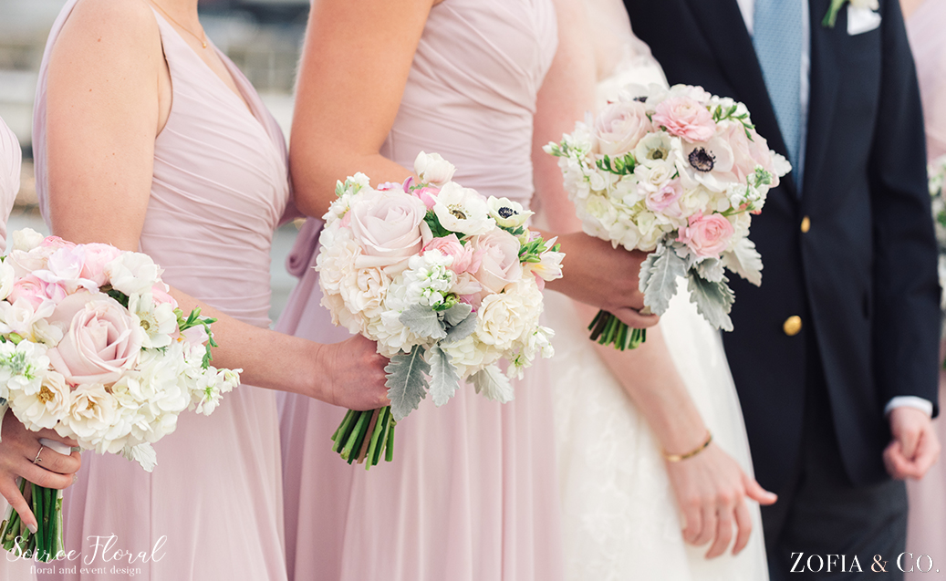 blush and white bridesmaids bouquets