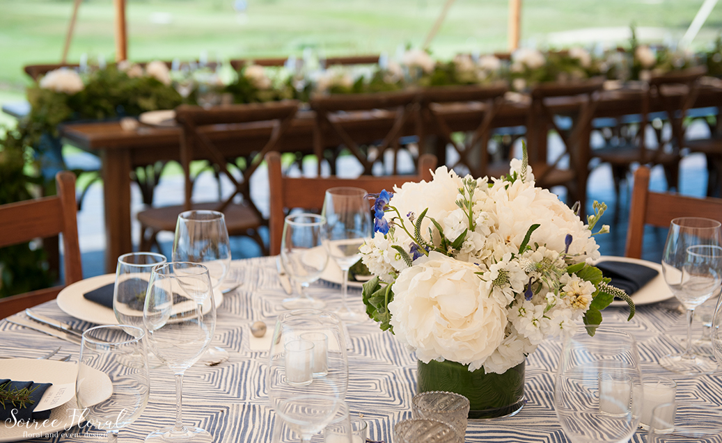 Nantucket Peony Wedding – Sankaty Golf Club