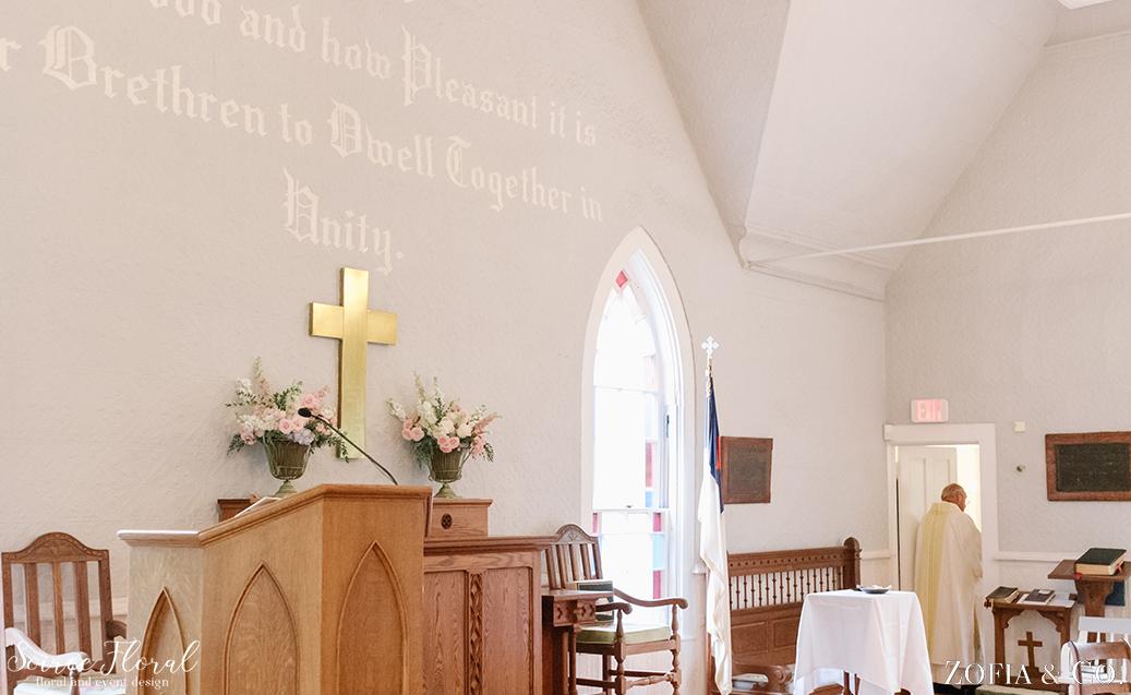 Sconset Chapel Wedding – Soiree Floral – Zofia Photo 2