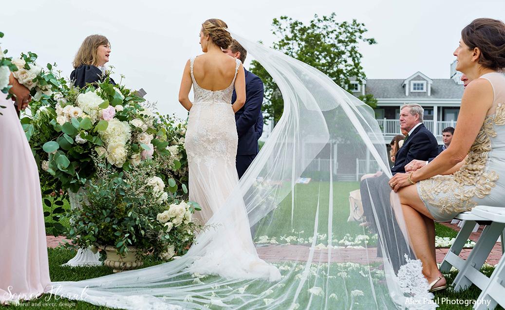 bride veil white elephant ceremony